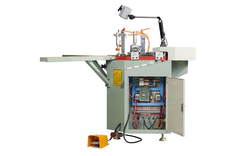Chức năng và công dụng nổi trội của máy ép góc nhôm kỹ thuật số Faster