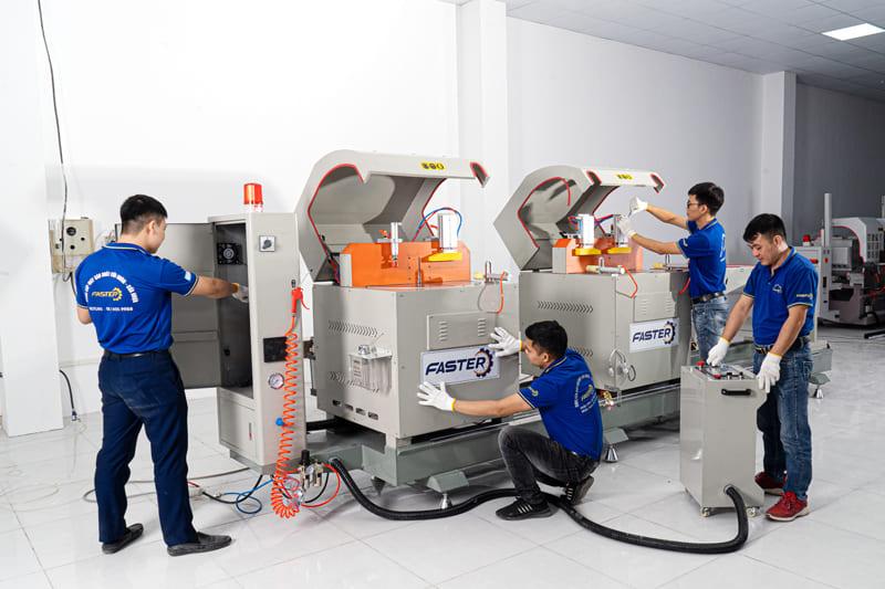 Máy cắt nhôm 2 đầu Genma có hiệu suất cao và công suất mạnh mẽ.